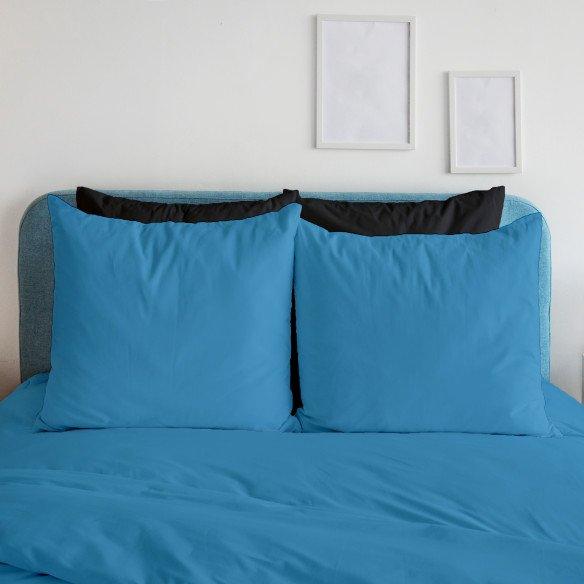 Taie d'oreiller bleu foncé