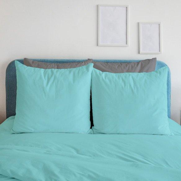 Taie d'oreiller bleu clair